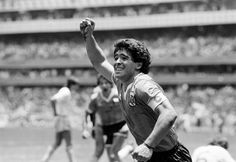 Diego Maradona of Argentina celebrates after scoring the second goal against England during a World Cup Quarter-Final match held at the Azteca Stadium, Mexico City on June Argentina beat England (Bob Thomas/Getty Images). Football Icon, Best Football Players, Soccer Players, Mexico 86, Mexico City, Diego Armando, Retro Pictures, World Cup Winners, Football Wallpaper