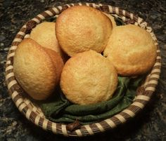 Sweet Corn Muffins from Sticky Fingers = Best Corn Muffins Ever Tasty Kitchen: A Happy Recipe Community! Fried Cornbread, Sweet Cornbread, Chicken And Pastry, Homemade Vegetable Beef Soup, Peanut Butter Muffins, Toasted Oats, Parfait Recipes, Yogurt Breakfast, Corn Muffins