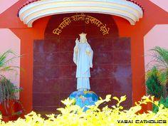 Statue of Jesus, King of the World at St. Thomas Church, Sandor. Vasai West.