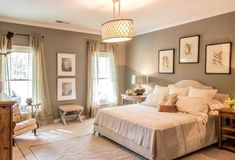 Benjamin moore greenbrier beige - We can choose very well the furniture, the textures, the complements, but if we do not achieve a harmony of color the result can be disastrous Painted Curtains, Beige Curtains, Kilim Beige, Grey And Beige, Gray, Bedroom Paint Colors, Diy Home Improvement, Warm Colors