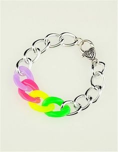 Fashion Acrylic Bracelets(BJEW-JB01031-02) from http://www.jewelish.com/p-fashion-acrylic-bracelets-aluminium-chains-with-alloy-lobster-claws-clasps-9258.html