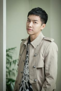 Lee Seung Gi I love you Lee Seung Gi, G Dragon Cute, Korean Men Hairstyle, Handsome Korean Actors, Lee Sung, Cut And Style, Man Style, Undercut, Asian Men