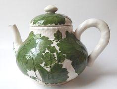 "Zrike Teapot ""Trellis"" Handpainted"
