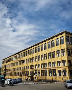 #Torino #Turin #Aurora #seemycity #igerstorino #nofilter #blue #sky #clouds