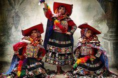 "Peru tradicional por una mirada moderna: Mario Testino ""Alta Moda"""