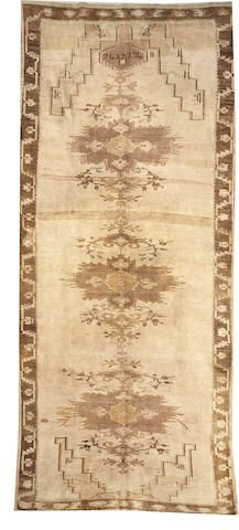 Oushak carpet  size approximately 7ft. 2in. x 15ft. 8in.