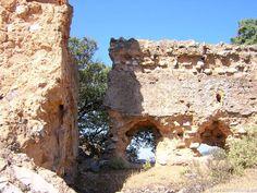Ruinas del Castillo Castro Ferral en el PN Despeñaperros