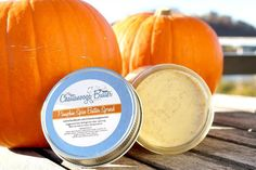 This sweet butter spread is reminiscent of a fresh hot pumpkin pie, and is made with all-organic ingredients! #pumpkinbutter