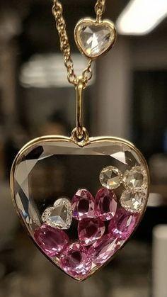 Heart Jewelry, Resin Jewelry, Cute Jewelry, Jewelry Box, Jewelry Accessories, Jewelry Necklaces, Jewelry Design, Jewellery, Locket Design