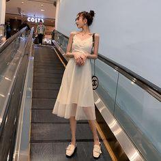 Korean Dress, Korean Outfits, Trendy Outfits, Ulzzang Fashion, Harajuku Fashion, Korean Fashion, Dress Outfits, Girl Outfits, Fashion Dresses