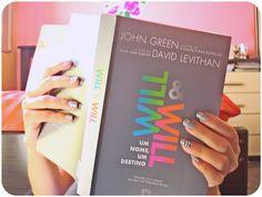 Resenha de WILL & WILL, confira e comente: http://www.delivroemlivro.blogspot.com.br/2013/07/resenha-144-will-will-um-nome-um.html