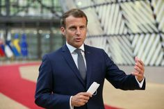 Emmanuel Macron, Suit Jacket, Breast, Suits, Jackets, Fashion, Down Jackets, Moda, La Mode