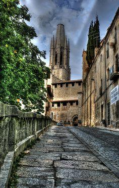 Travel from Barcelona to beautiful Girona Spain using the national Renfe high speed network. Andorra, Costa, Train Route, Virtual Travel, Living In Europe, Train Journey, European Destination, Cadiz, Aragon