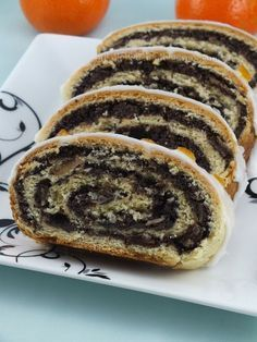 Makowiec - The poppy seed roll is a pastry consisting of a roll of sweet yeast bread (a viennoiserie) with a dense, rich, bittersweet filling of poppy seed. An alternative filling is a paste of minced walnuts, making it a walnut roll. Hungarian Desserts, Hungarian Recipes, Polish Poppy Seed Roll Recipe, Brunch Recipes, Cake Recipes, Low Carb Side Dishes, Sweet Bakery, Polish Recipes, Polish Food