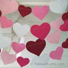 Wool Felt Garland Red Hot Valentine 9 Foot Length by TaDaaStudio Valentines Day Decorations, Valentine Day Crafts, Holiday Crafts, Valentine Box, Valentine Wreath, Printable Valentine, Valentine Ideas, Holiday Fun, Felt Garland