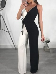 Contrast Color Spaghetti Strap Wrapped Wide Leg Jumpsuit - Fashion Able Classy Dress, Classy Outfits, Cute Outfits, Casual Outfits, Classy Chic, Chic Dress, Fancy Dress, Casual Chic, Jumpsuit Outfit