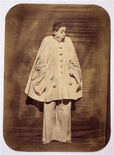 """""""Le mime Deburau en Pierrot : la surprise"""" 1854-1855 - by Félix Nadar (Gaspard-Félix Tournachon)"""