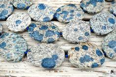 K2 Blue irregular beads 27.1-33.4mm (ETB01622) Rare/Unique jewelry/Vintage jewelry/Gemstone necklace Bubble Paper, Dinosaur Bones, K2, Necklace Price, How To Make Beads, Photo Jewelry, Round Beads, Jewelry Making, Vintage Jewelry