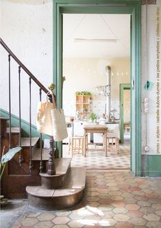 Les Petites emplettes - The Shopkeepers Architecture Renovation, Interior Exterior, Interiores Design, Beautiful Homes, Living Spaces, Kitchen Design, House Plans, Room Decor, Decor Diy