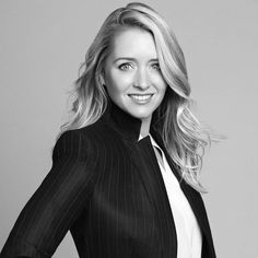 Business Corporate Professional Portrait Headshot Pose What to Wear Memory Capture Kirra Photography