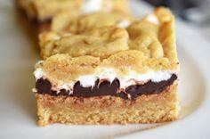 prajitura cu ciocolata si marshmallows Marshmallows, Fondue, Tiramisu, Biscuit, Pie, Ethnic Recipes, Desserts, Marshmallow, Torte
