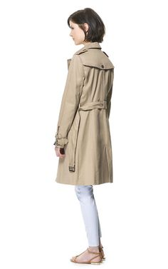TRENCH À BOUTONNAGE DOUBLE - Manteaux - Femme | ZARA France Zara United States, Coats For Women, Double Breasted, Must Haves, Raincoat, Hair Cuts, The Unit, Woman, Women's Coats