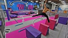 SUPER TRAMPOLINE PARK OBSTACLE COURSE - YouTube