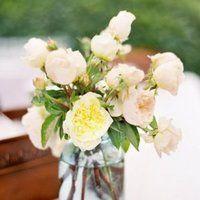 Flowers & Decor, Real Weddings, Wedding Style, Centerpieces, Summer Weddings, West Coast Real Weddings, Summer Real Weddings, Pastel, preppy weddings, preppy real weddings