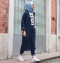 Hijab outfits for petite girls – Just Trendy Girls Hijab Casual, Hijab Outfit, Hijab Wear, Hijab Chic, Islamic Fashion, Muslim Fashion, Modest Fashion, Fashion Outfits, Modest Wear