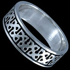 Silver ring, band Silver ring, Ag 925/1000 - sterling silver. A band with a striking Celtic design.