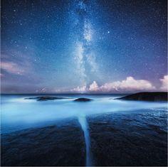 こんな美しい世界に浸りながら夢を見たい   roomie(ルーミー)©Mikko Lagerstedt