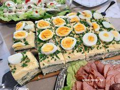 Tort sałatkowy - hit każdej imprezy - Swojskie jedzonko Amazing Food Decoration, Ale, Polish Recipes, Easter Dinner, Avocado Egg, Cobb Salad, Salad Recipes, Potato Salad, Sushi
