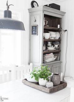 anetteshus grey kitchen nook