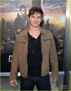 Matt Lanter at the 'Divergent' Premiere