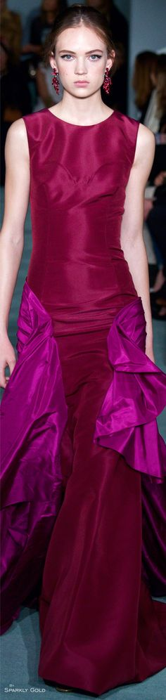 Love the mix of these two colors: cranberry + raspberry. ~Oscar de la Renta Fall 2016 RTW