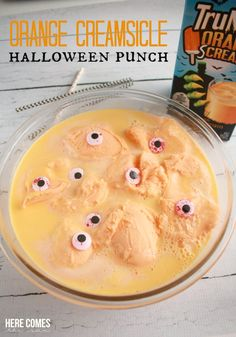 This delicious Orange Creamsicle Halloween Punch is the perfect tasty treat for your Halloween party! #TruMooHalloween