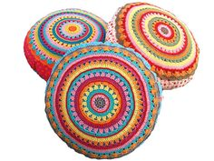 Ravelry: Sunrise ~ round pillow - cushion - crochet and sewing pattern ~ PDF, photo tutorial pattern by Paula Matos