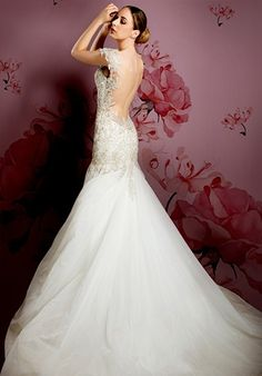 IN STORE Style 68920x $6240: Ysa Makino bridal gown #meamarie