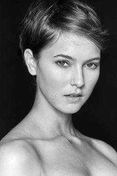 Originale - Sedcard - Germany's next Topmodel 2016