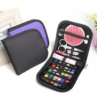 Material: polyester, plastic, metal Color of bag: random (black and purple) Size :( l) x (w) x (h):