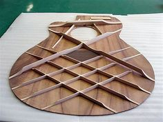 Morris Guitar Lattice Bracing