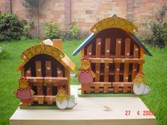 Resultado de imagen para patrones en madera para porta huevos Easy Wood Projects, Projects To Try, Diy Painting, Painting On Wood, Chicken Hut, Country Art, Wooden Signs, Ideas Para, Diy And Crafts