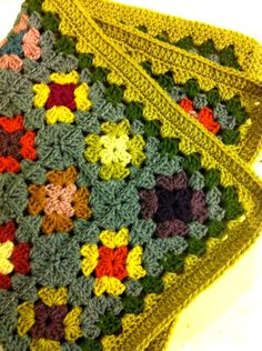 love this colour combination! granny squares- either you like it or you don't....kinda getting used to it.....