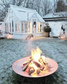 What Is Greenhouse Farming? Diy Fire Pit, Fire Pit Backyard, Outdoor Spaces, Outdoor Living, Outdoor Decor, Dream Garden, Home And Garden, What Is A Conservatory, Greenhouse Shed