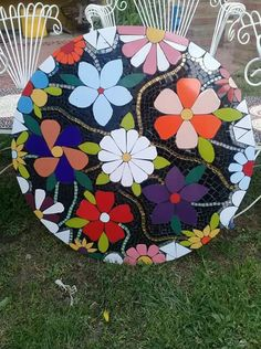 Mosaic Crafts, Mosaic Art, Mosaic Glass, Mosaic Tiles, Stained Glass, Mosaic Furniture, Hand Painted Furniture, Art Furniture, Home Crafts