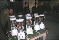 Ausstellungs-Rezension in der VL Museen : Marco Evaristti - Helena 2006 Espresso Machine, Kitchen Appliances, Jar, Sculpture, Kunst, Espresso Coffee Machine, Diy Kitchen Appliances, Home Appliances, Sculptures
