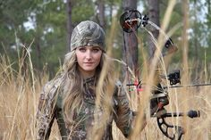 Abigail Casey with her PSE bow!  #girlswhoshoot #PSE #archery #bowhunting