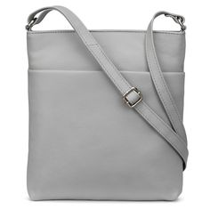 Verne Leather Bag, perfect for sightseeing and city breaks. Leather Crossbody Bag, Leather Purses, Leather Bag, Aesthetic Look, Sports Luxe, Weekend Outfit, Hot Shoes, Travel Style, Travelling