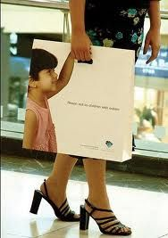 shopping bag - vía @Kenny Milano #idemtikosay love this concept!