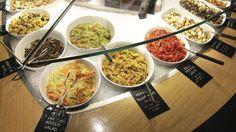Four London restaurants that are great for vegan treats Best Vegetarian Restaurants, Vegan Friendly Restaurants, Raw Vegan, Vegan Vegetarian, Vegetarian Recipes, Burger London, Late Night Food, Mexican Food Recipes, Ethnic Recipes